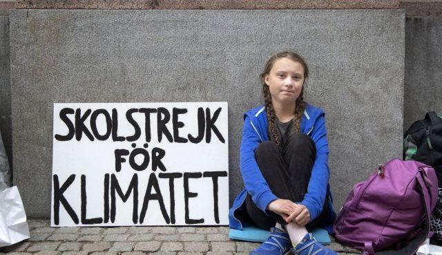 """Greta Thunberg: """"Non sei mai troppo piccolo per fare la differenza""""."""