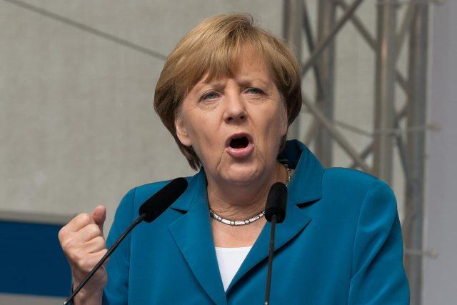 Angela Merkel nel saluto di fine anno: Dobbiamo fare tutto il possibile per affrontare la sfida (climatica)