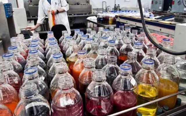 L'industria chimica a supporto della moda sostenibile: una ricerca nelle aziende chimiche fornitrici del settore tessile