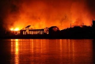 Città della Scienza a Napoli: distrutta da un fuoco assurdo e senza ragioni
