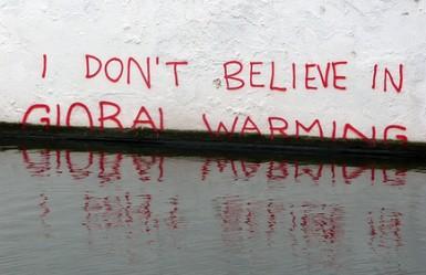Cambiamento climatico e negazionismo: chi finanzia la controinformazione sul clima?