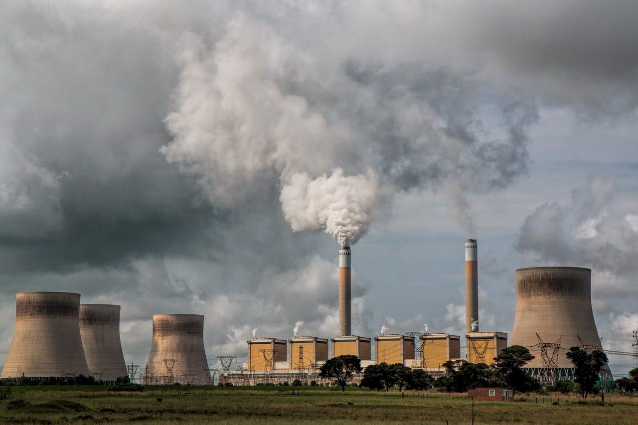 BEI: stop al finanziamento delle fonti fossili, per la decarbonizzazione e la transizione energetica green