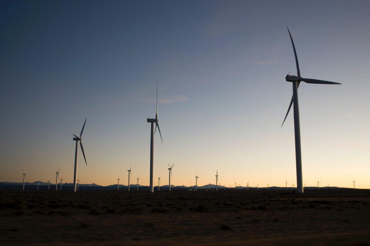 Transizione verso le energie rinnovabili possibile spostando solo il 10% dei sussidi già oggi erogati alle fonti fossili